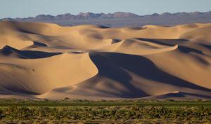 khongor-sand-dune